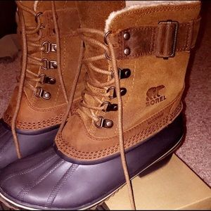 Leather Sorel boots